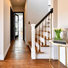 パリスタイル 静岡県K様邸|階段・ホール